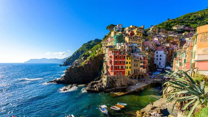best beaches near cinque terre